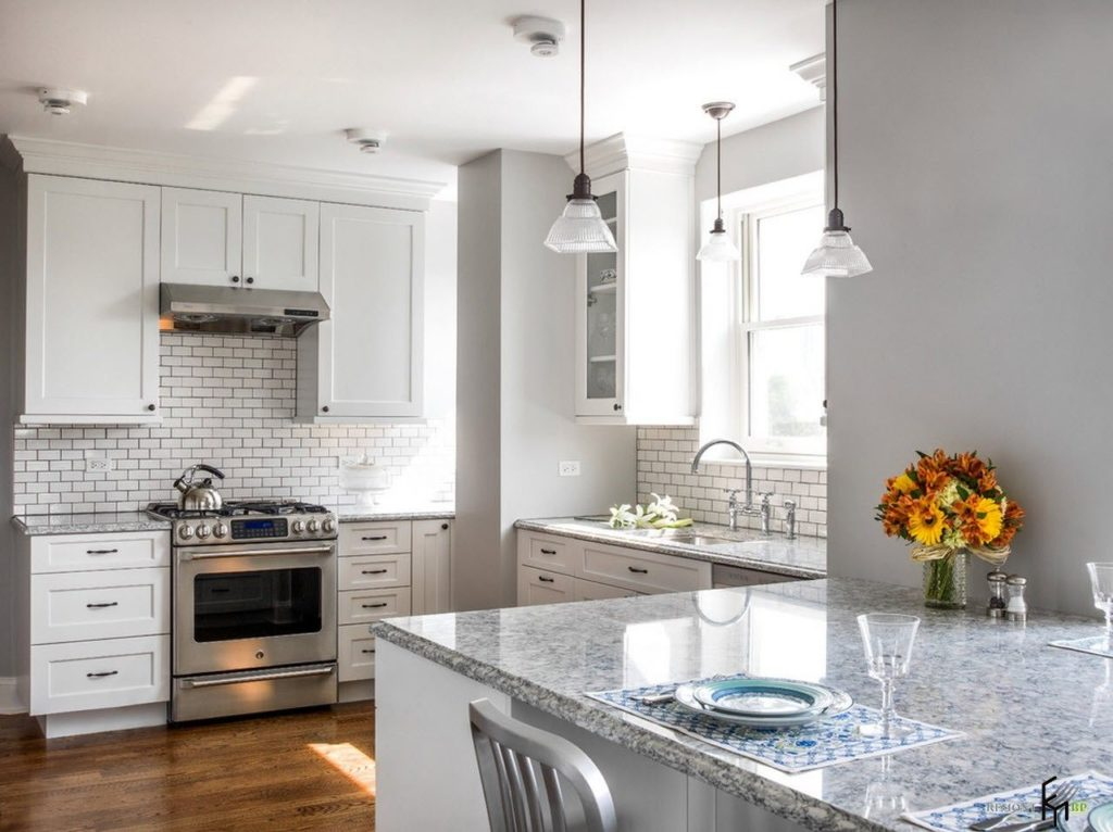 Tips For Kitchen Decor: Bright Accents For The Light ...