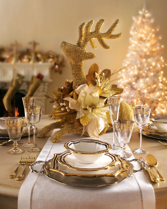 Fine Beautiful Gold Christmas Table Decor Ideas Virily Download Free Architecture Designs Grimeyleaguecom